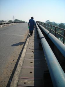 lonely-walk-951147-m.jpg