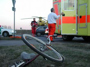 422002_bicycle accident.jpg