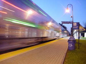 10544_chicago_metra_speed.jpg